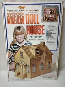 Vintage Arrow 1978 Wood Dream Cottage Doll House Kit #697  new in box