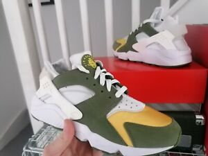 """Nike Air Huarache x Stussy - UK9 """"Olive"""" EXCLUSIVE Stussy colourway. Deadstock."""