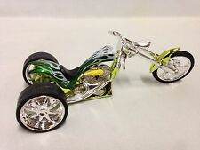 Vintage Three Wheels Bike Iron Chopper Motorcycle Die Cast 1:18 Scale Toy, Green