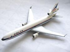 MD dc-10 Delta Air Lines/NN, Unknown Make en 1:200?/travée 26 cm