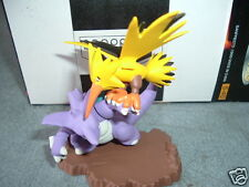 Pokemon Nidoking VS Zapdos Ceramic Figure Diorama set New