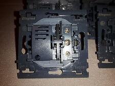 LEGRAND,SAGANE , Mécanisme interrupteur Va et Vient ref 840-02