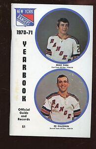 1970/1971 NHL Hockey New York Rangers Blue Book / Yearbook EXMT
