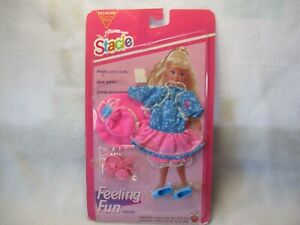 MATTEL BARBIE SISTER STACIE FEELING FUN OUTFIT SCHOOL DRESS NEW ON CARD 1993