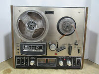 AKAI Model 4400 Reel To Reel Convert-a-Deck Tape Recorder and Player Combo