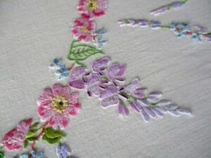 VINTAGE TABLECLOTH HAND EMBROIDERED WILD ROSES/LABURNUM