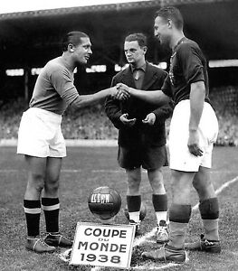 1938 World Cup Final (Italy vs Hungary) Pre-game Coin Toss - 8x10 Photo