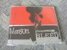 Mansun:  She makes my nose bleed  CD Single   NM