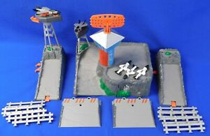 Air Vectors 1998 Command Center Parts Lot with Jets and Missiles!