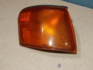 95 96 97 Toyota Tercel Passenger Right Front Corner Park Turn Signal Light