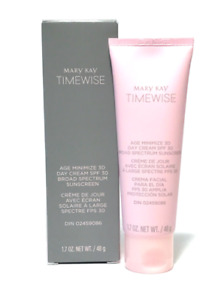 Mary Kay TimeWise Day Cream Moisturizer SPF 30 Normal Dry Normal a Seca - NIB