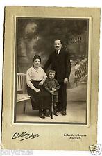 Photo ancienne CDV cabinet portrait famille enfant avec carabine - an. 1920