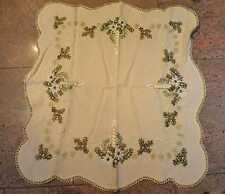 aufwendige Tischdecke Handarbeit   bestickt  Weihnachten Advent  wollweiss