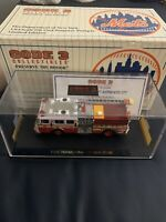 CODE 3 1/64 DIE CAST FDNY SEAGRAVE PUMPER  NY METS FIRE ENGINE 273 #12832 MINT