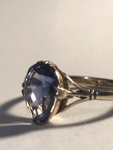 Vintage 9ct Gold Pear Shape Sapphire Ring Size N 1/2