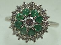 18 Ct White Gold Emerald & Diamond Statement Cluster Ring Flower size N 4.2g