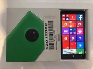 **NEW** Nokia Lumia 830 - 16GB Green (Unlocked) Smartphone *6 MONTHS WARRANTY*