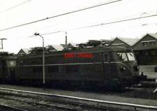 PHOTO  BELGIAN RAILWAY - SNCB ATELIERS METALLURGIQUES CLASS 25 (EX-CLASS 125) BO