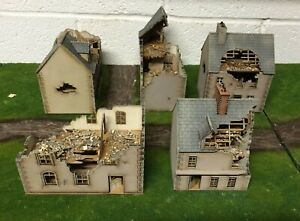 Ruined Set B 5 x 28mm European UNPAINTED BUILDING KITS