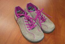Dansko Elise Suede Leather Slip Resistant Sneaker Shoes Womens 39 ~NEW~