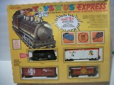 1985 Life Like TOYS R US HO Scale Train Set in orig box never used 8113