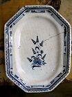 ancien plat octogonal en faïence de Rouen décor floral original XVIIIe siècle