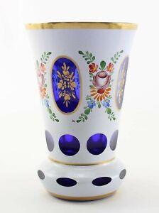 Biedermeier Ranftbecher Vase weißer Überfang Handgemaltes Blumenmotiv Goldrand