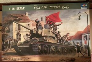 T34/76 Model 1943 Tank, 1/16 by Trumpeter, Model Tank Vehicle NOS