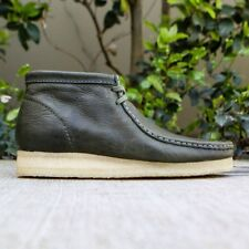 Men's Clarks Wallabee Boot 9.5 M Leaf Leather