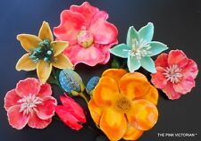 AMAZING *RARE * COLLECTION OF VINTAGE FLOWER PINS colorful recycled PAPER MACHE