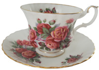 Vintage Royal Albert Bone China Footed Tea Cup & Saucer Centennial Rose England