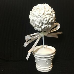 16 White Floral Place Card Holders Table Number Name Stand &100 Matching cards