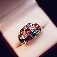 Extravaganter Designer Damen Ring Gold Plated Bunt Kristall Geschenk Ring