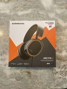 Steelseries Arctis 5 Gaming Headset- Black- Brand New In Unopened Box.