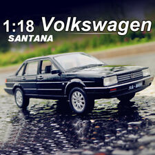1:18 Scale Black Volkswagen SANTANA Diecast Model By Welly With Case Model Toy