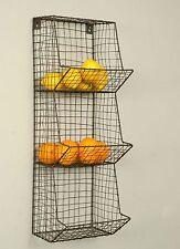 Industrial Style General Store Wall Wire Ware Bin – Green/Rust TN460032GR