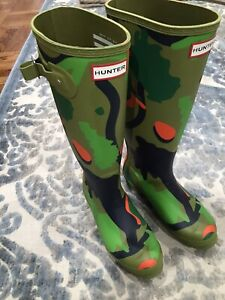 HUNTER Original Tall  Camo Rain Boots women's size 7