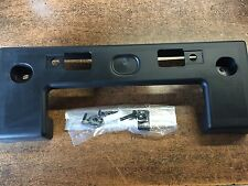 NEW OEM 2010-2012 NISSAN ROGUE (KROM ONLY) FRONT LICENSE PLATE BRACKET