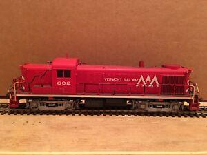 HO Kato Custom Vermont Railway RS-3 Powered Diesel Locomotive VTR #602 DCC ONLY