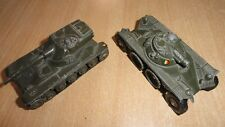 2 chars militaires Dinki toys