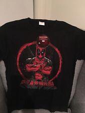 Deadpool Marvel Movie Tshirt Size S