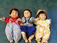 LOT OF 3 VINTAGE GI GO EXPRESSION BABY DOLLS VINYL PELLET/BEAN DOLLS HATS