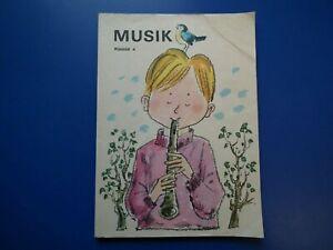 DDR Schulbuch-Musik-Klasse 4 Taschenbuch aus 1971 gebraucht gut