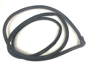 99-04 Odyssey Left Front Weatherstrip Gasket Rubber Around Door Seal Used OEM