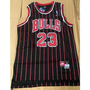 Michael Jordan #23 Chicago Bulls Classic Men's Jersey Size:XL