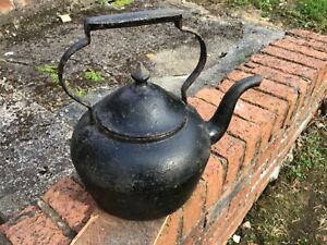 Antique Cast Iron Kettle No 3 —9 Pints