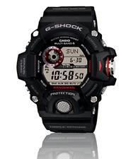 Kunststoff-Armbanduhren mit Gangreserve-Anzeige und 200 m (20 ATM)