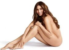 SOFIA VERGARA - NO CLOTHES !!  SITTING NUDE !!!