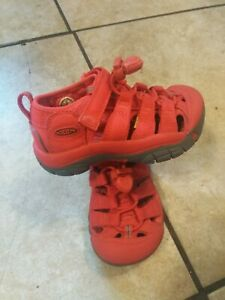 Toddler KEEN Newport H2 Waterproof Closed-Toe Sandal - Red - Size 8