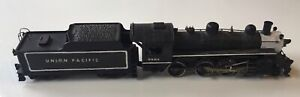 Vintage Varney Casey Jones No. 2450 HO Scale 10-Wheeler Locomotive with Box